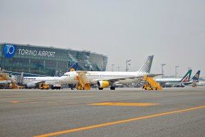 Torino Airport celebrates 350k passengers carried on July 2015