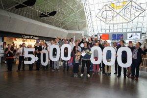 Record number of passengers through Keflavik Airport