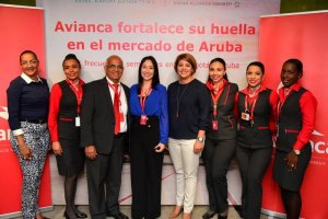 Aruba Airport and Avianca celebrate more flights and air service options