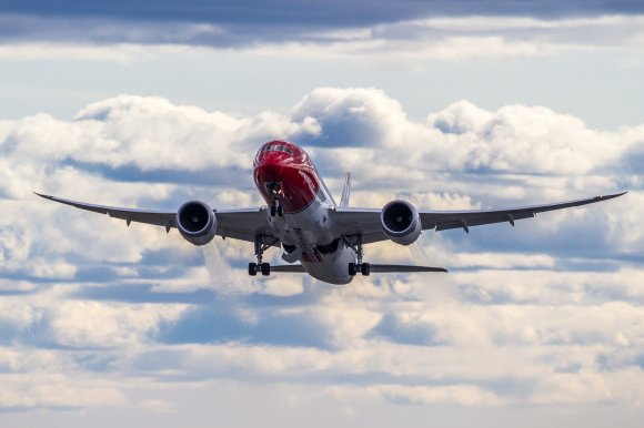 Norwegian moves closer to Argentina flights as profits rise ...