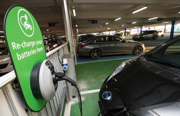 'No-charge' electric car charging sparks savings at Southampton Airport