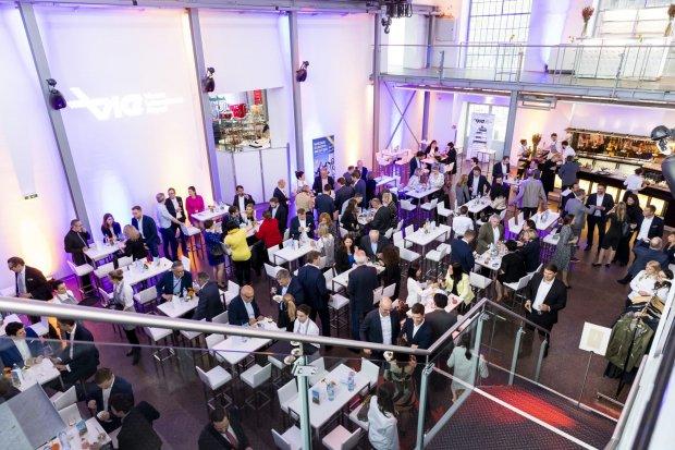 "Vienna Airport Bestows ""Airline Award"" on Austrian Airlines, Lauda and Thai Airways"