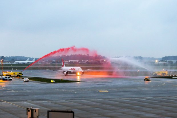 Lauda launches new route from Porto to Vienna