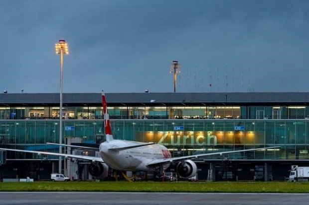 More passengers and over CHF 600 million in commercial turnover for the first time
