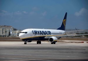 Ryanair launches its Malta base with six new routes - 5/27/2010