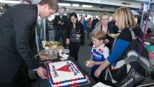 DEN -SEA New Delta Route Cake Cutting