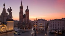 Saint Mary's Basilica (kosciol Mariacki) in the Main Square in Cracow, fot. P. Krzan