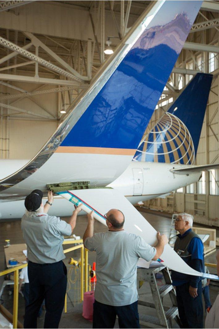 United First to Fly Split Scimitar Winglet