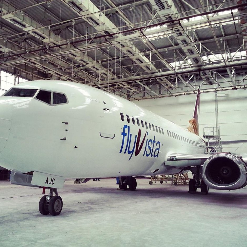 flyvista's first 737 has recently been painted