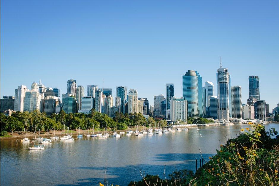 Brisbane buildings and river
