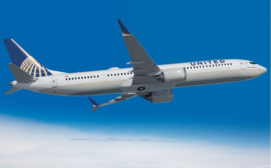 United boeing 737 max10