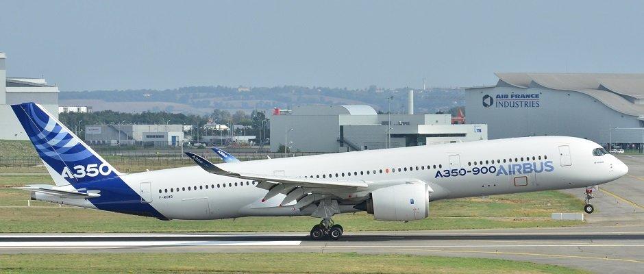 Airbus_A350-900_XWB_Airbus_Industries_(AIB)_MSN_001_-_F-WXWB_(10498510293).jpg