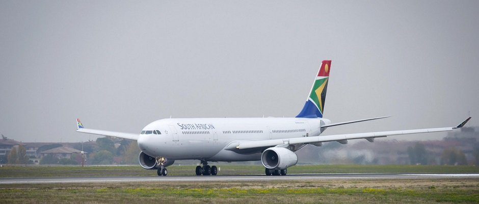A330-300_South_African_Airways rundown.jpg
