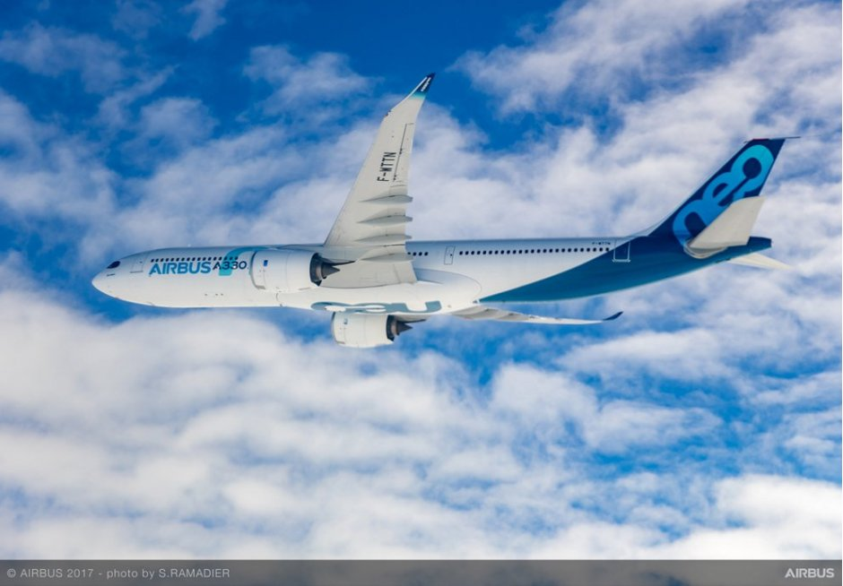 A330neo-first-flight-in-flight-017.jpg