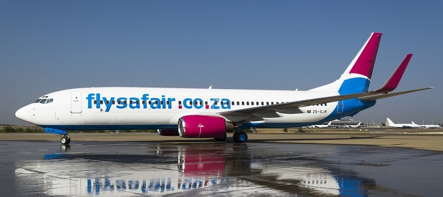 FlySafair_B737-800_ZS-SJr_side rundown.jpg